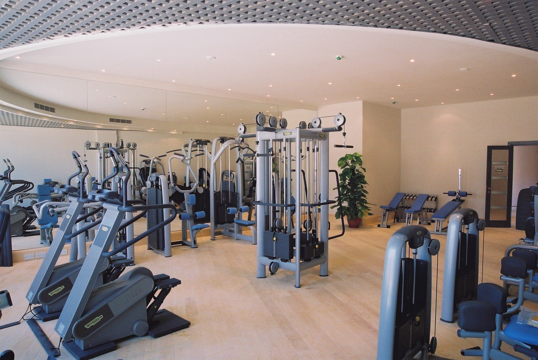 Gyms / Leisure Centres